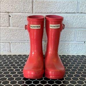 Girl's Hunter rain boots, in pink glitter!